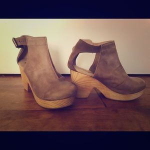 Free People-Amber Orchard Clogs